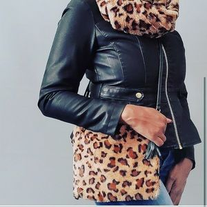 Cheetah Printed Fuzzy Clutch